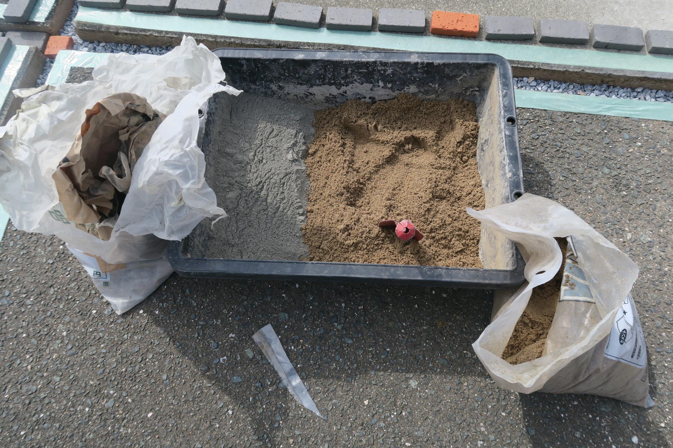 セメントと砂